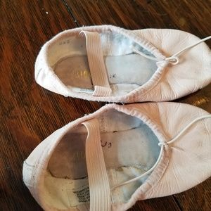 Bloch ballet shoes toddler size 9.5